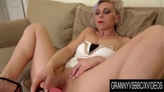Granny Vs BBC – Older Kathy White Makes Her Black Bull Cum Inside