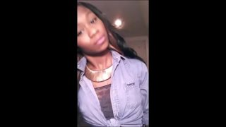 Young Black Teen does Camshow – BlacksOnMoms.co