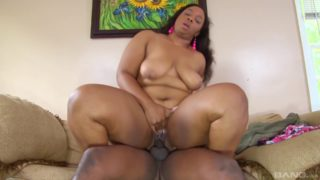 Black guy fucks a BBW and cums on her face
